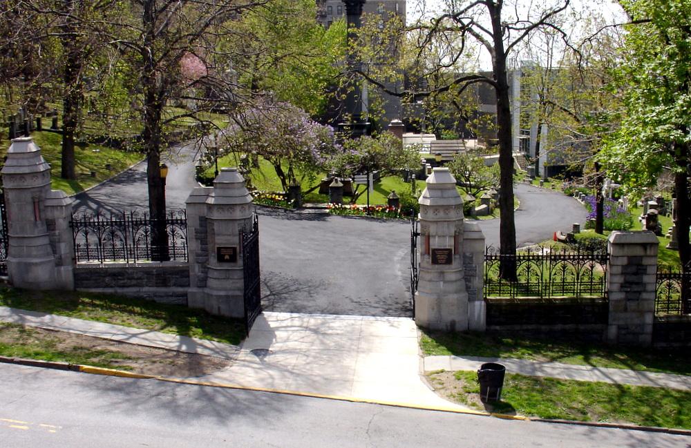 Les funérailles d'Astor 0ba37-2012-04-14astor-24