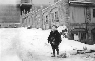 Garage Village-1947